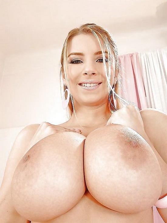 Schwarze mit großen Brüsten - Dicke
